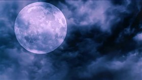 Blue_Cloudy_Moon